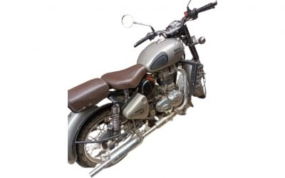 Royal Enfield Classic gunmetal grey - MotorBhai second hand
