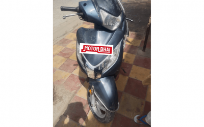 SECOND HAND 2015 HONDA ACTIVA 125 WITH ELECTRIC AUT -MOTORBHAI